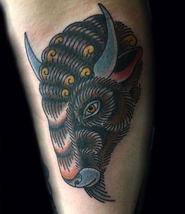 Great White Buffalo Native American Headdress Tattoo: 1000+ Images About Buffalo Tattoos On Pinterest