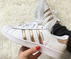info for f9c65 51b37 ... zapatillas max 1 90 820439 7c441 76a0d  canada find this pin and more  on adidas by sandra vázquez salazar. 771fa a430e