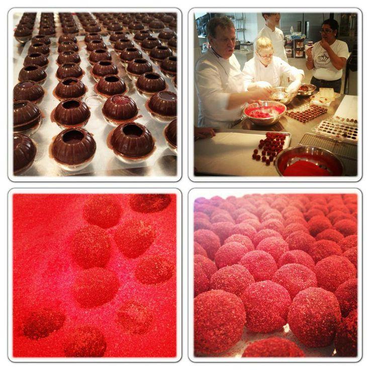 LaBKRY chocolate art!! :) #chocolate #bonbon #rasberry www.facebook.com/labkry Natasha Bouchard