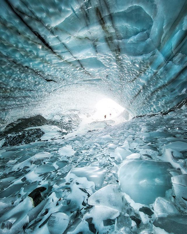 It's hard to show the scale of this ice cave in the Yukon, but yes, those two specs at the far end are people... #exploreyukon #cometomyyukon