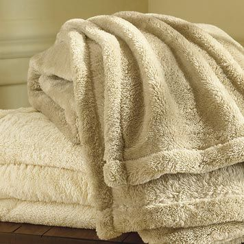 "ORVIS ""the Softest Blanket Ever""  http://www.orvis.com/store/product.aspx?pf_id=1E46=127748_mmc=GoogPLA-_-Prod_feeds-_-Prod_feeds-_-127748=1019187269=pla#"