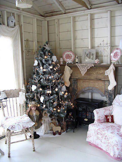 I Heart Shabby Chic: I Heart Shabby Chic Christmas Cottage Decor 2015