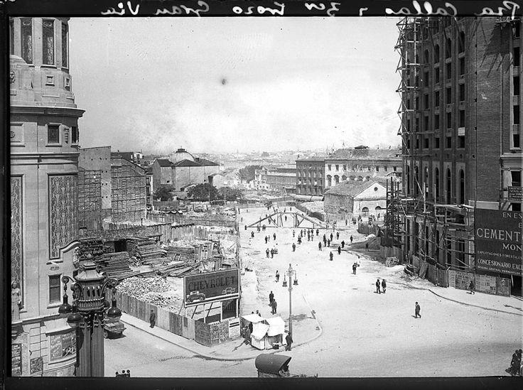 Tercer tramo de la Gran Vía, 1928. Alfonso. AGA.