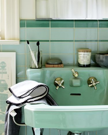 Charmant I Love This Teal Bathroom C.1950  Photo By Lisa Hubbard Photography