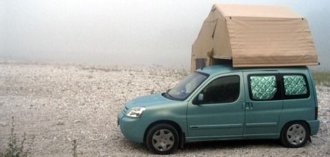 small campers the citroen berlingo with a roof tent is. Black Bedroom Furniture Sets. Home Design Ideas