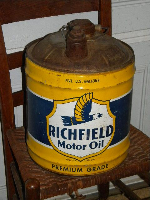 17 best images about oil cans can can on pinterest oil for Gallon of motor oil
