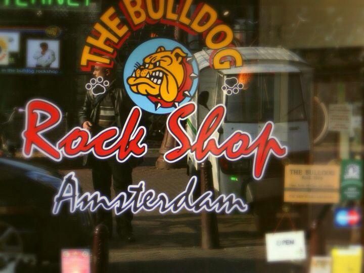 Amsterdam, 2007 - the Bulldog coffeshop