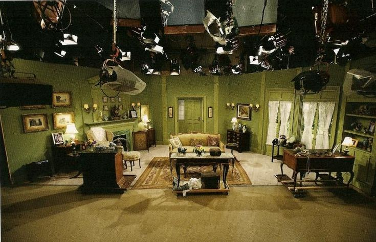 Days of our lives most iconic set the horton living room in use since the first episode on for Where the rooms are a collection of our lives