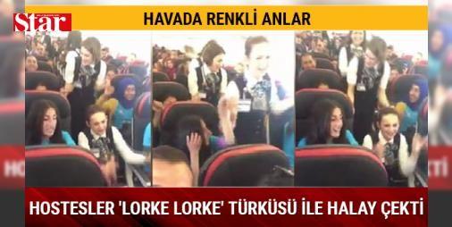 Hostesler havada, 'lorke lorke' türküsü ile halay çekti: Muş'un Varto ilçesine bağlı Hamurpet Ortaokulu'na 3 yıl önce atanan İzmirli Müzik Öğretmeni Aslı Tanrıkulu'nun öğrencileriyle birlikte kurduğu '11 Köyün Koro ve Orkestrası', Türk Hava Yollarına (THY) ait uçakla İstanbul'a geldi. Maltepe Belediyesi ve Sansev tarafından organize edilen, İstanbul Uluslararası Çoksesli Korolar Festivali'nde sahne almak üzere İstanbul'a gelen orkestra grubunun üyelerinin uçakta verdiği müzik ziyafeti renkli…