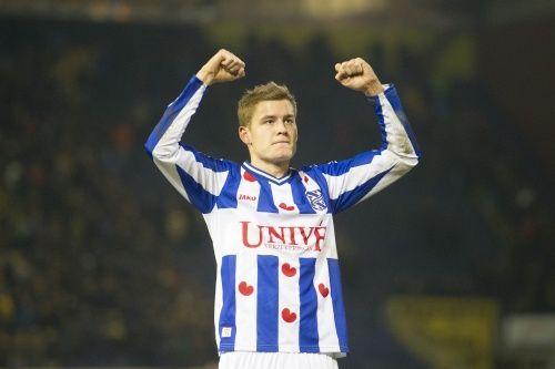 Finnbogason helpt SC Heerenveen aan zege