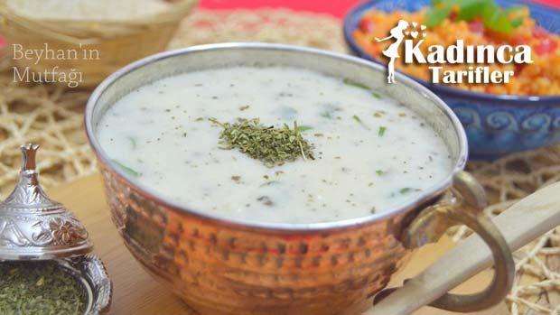 Yoğurtlu Erişte Çorbası Tarifi nasıl yapılır? Yoğurtlu Erişte Çorbası Tarifi'nin malzemeleri, resimli anlatımı ve yapılışı için tıklayın. Yazar: Beyhan'ın Mutfağı