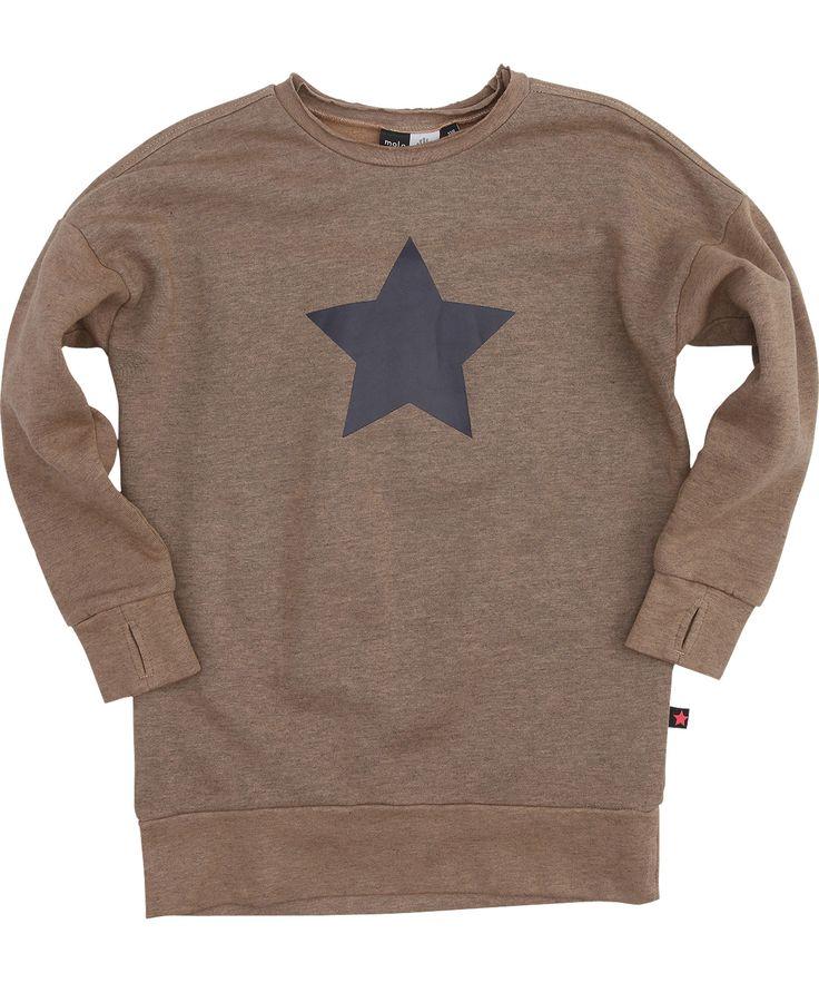 Molo zandkleurige tuniek trui met grote grijs-paarse ster. molo.nl.emilea.be