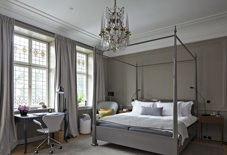 ~Grandness of the space, stain glass windows, chandelier, canopy bed~