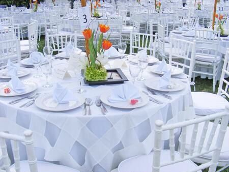 M s de 25 ideas incre bles sobre manteleria para boda en for Sillas para iglesias en monterrey