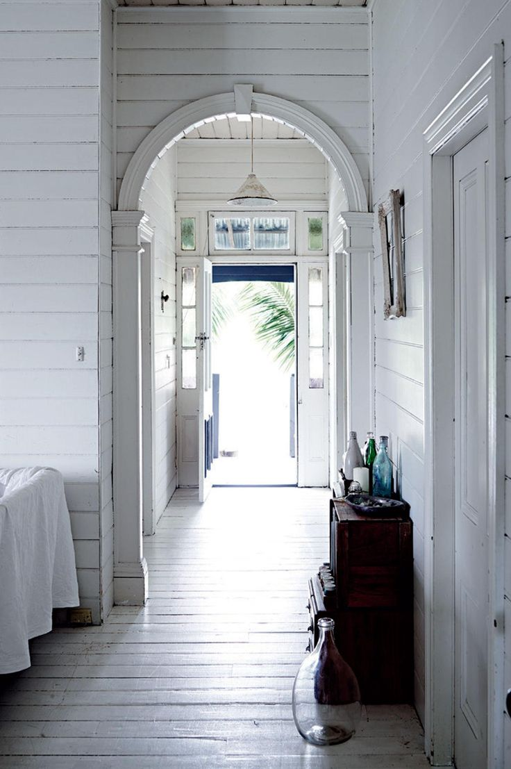 Homelife - Dressmaker's white vintage interior in the Byron Bay hinterland