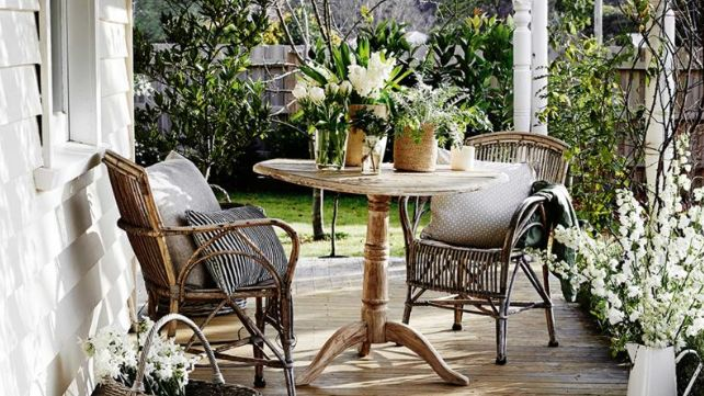 How to paint wicker, cane, rattan and bamboo