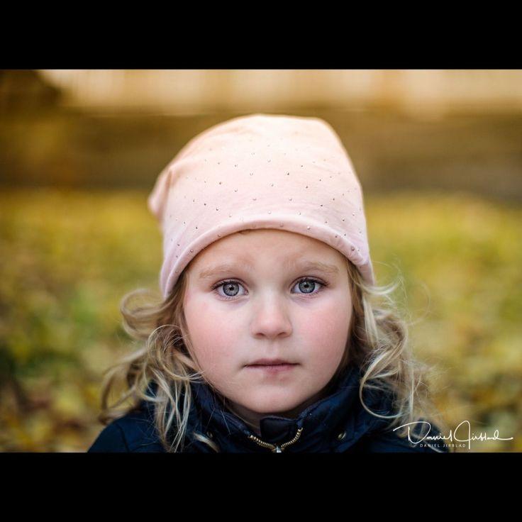 Jennifer ,Golden hour by Daniel Jirblad | GuruShots