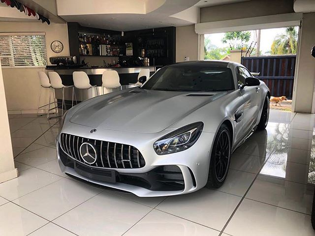 Perfect Parking For Your New Mercedes Amg Gtr Congrats To The New Owners Exoticspotsa Zero2turbo Southafrica Mer New Mercedes Amg Mercedes Mercedes Amg