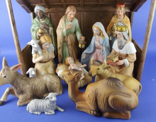 131 Best Images About Christmas Nativities On Pinterest Stables Nativity Sets And Fontanini