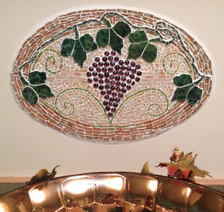 93 best images about uvas on pinterest vineyard for Broken glass mural