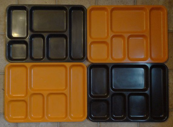 Four 1970s TV trays. Perfect to watch The by Retrofanattic on Etsy