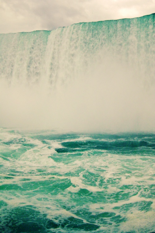 waterfall mist: Mists Bi, Favorite Places, Travel Disea, Color, Summer Natural Canada, Places I D, Niagara Fall, Angela Faye, Water Fall