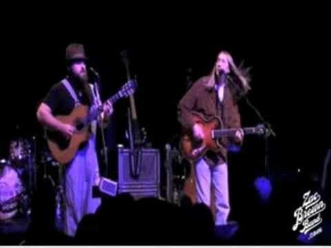 "Zac Brown Band ""Georgia On My Mind"" Live"