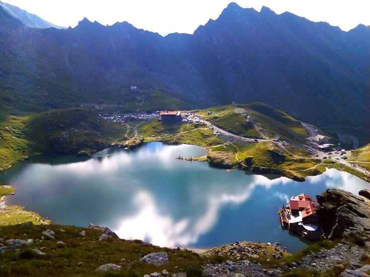 Bâlea Lac -  lac glaciar (format în circ glaciar) situat la o altitudine de 2040 m, în Munții Făgăraș, Județul Sibiu.