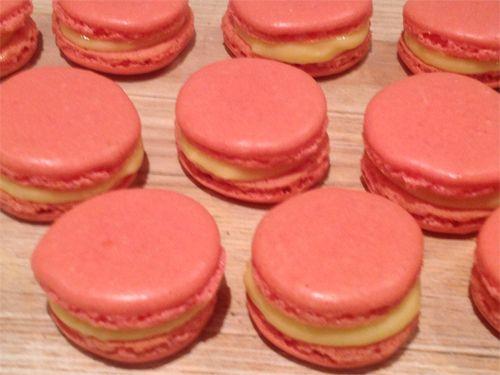Franske Makroner med sitronkrem - Cakeplease