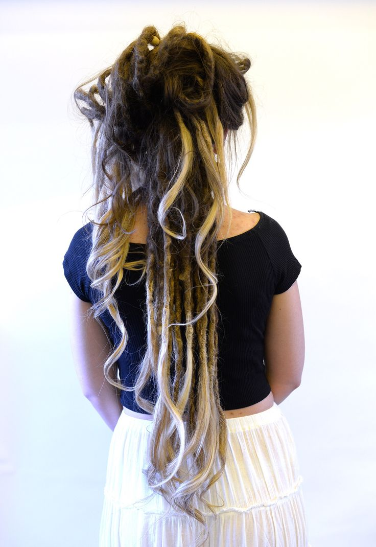 You have probably heard this one before, dreadlocks are dirty and disgusting. Of course this is not true, look how amazing a dreadlock updo can look like! Please spread good words about dreadlocks and be proud!