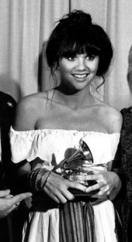 1977 Grammy Awards... Grammy winner Linda Ronstadt