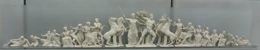 Frontone ovest del Partenone. Fidia e collaboratori; 440-432 a.C. circa; marmo del Pentelico; British Museum, Londra.