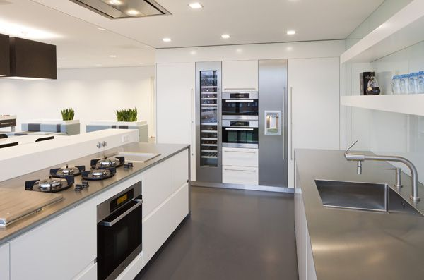Dutch Design Keukens : Kitchen Remodel with Wine Fridge