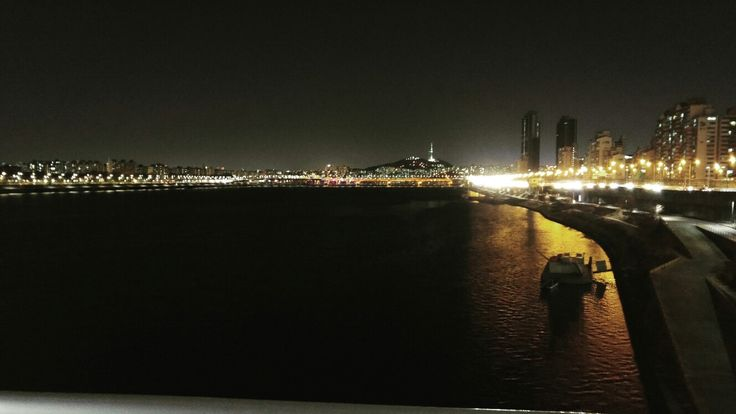 youngdong bridge in Seoul when i was riding the bike yesterday.