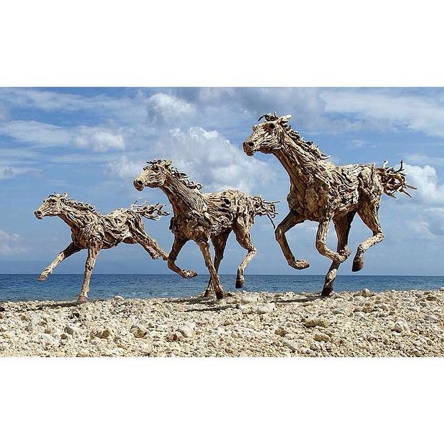 Driftwood horses. James Doran-Webb. #TPP #equestrian #art #sculpture #horse #pony #gallop #style #jamesdoranwebb #instahorse #thepoloproject #polostyle #lovepolo