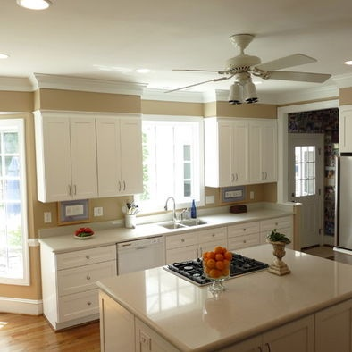 Kitchen soffit kitchens and decor on pinterest for White kitchen cabinets with crown molding