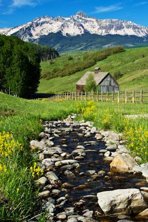 Rocky Mountain Scenery at Telluride, Colorado. We HAVE to do some exploring in Colorado while we're so close.