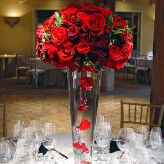 Floating Petals Centerpieces: 21 Best Images About Red Centerpieces On Pinterest