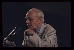 Saul Bellow, 1990.jpg