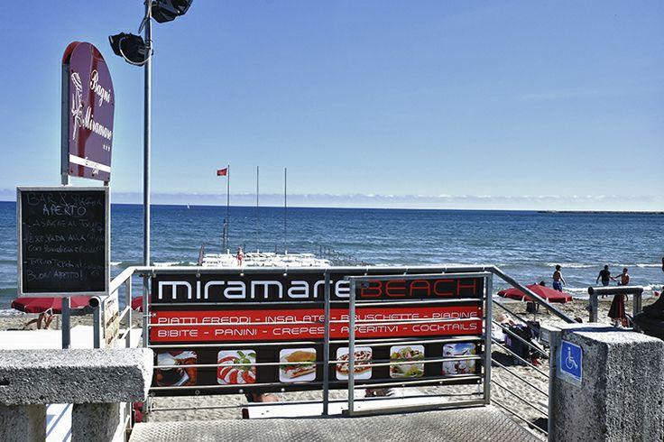 Bagni Miramare  Diano Marina, Liguria  I Bagni Miramare di Diano Marina, totalmente rinnovati, per rispondere alle esigenze della clientela in materia di qualità del servizio, sono lieti di presentare la nuova gestione del servizio bar/ristoro annesso MIRAMARE BEACH.