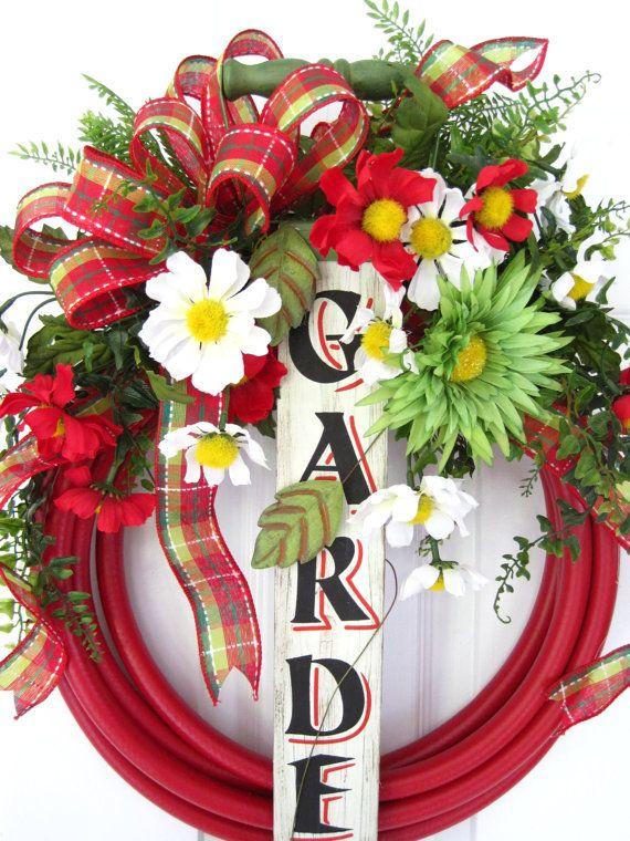 RED GARDEN HOSE Wreath Spring Summer Wood Garden by funflorals, Etsy