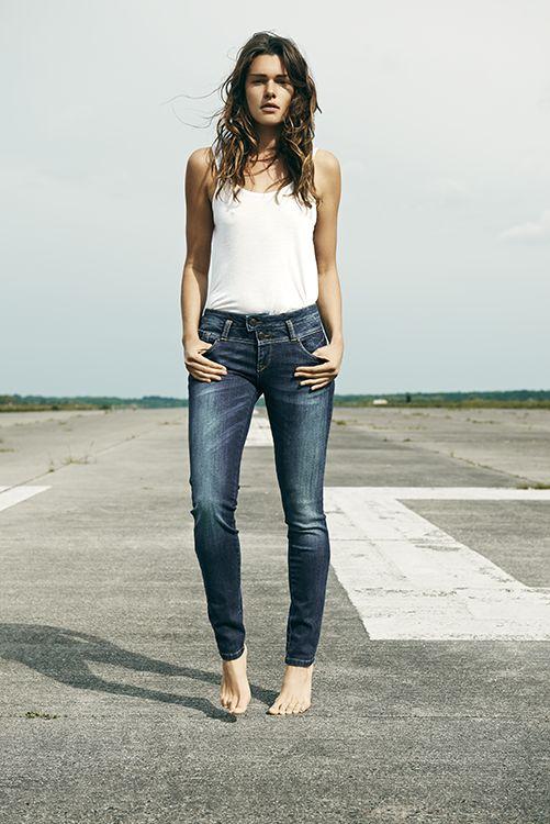 Pulz Jeans skinny jeans Annet. Stoer & sexy! € 89,95 #pulzjeans #jeans #denim #blue #spijkerbroek #spijkerbroeken #mode #inspiratie #webshop #moderood