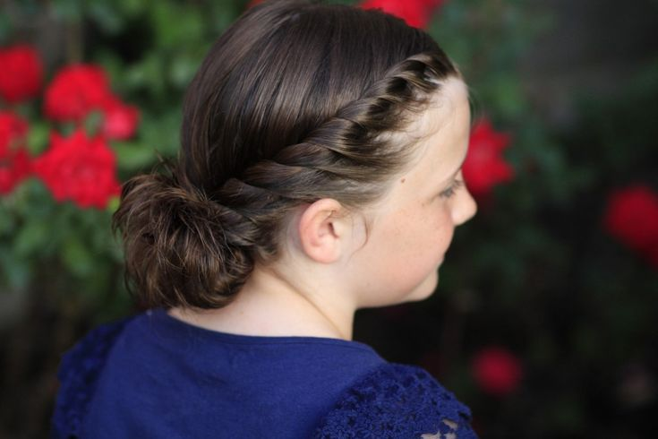 Hairstyle Video: Twistbacks in Side Ponytail