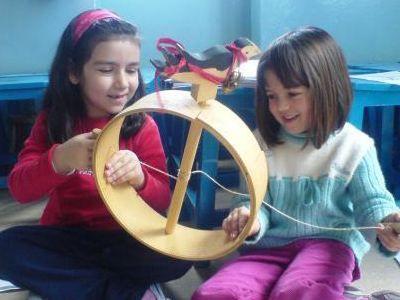 Καρδίτσα: Τα παιδιά τραγούδησαν τον ερχομό της άνοιξης