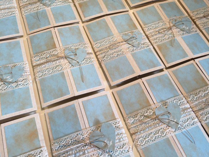 Mediterrán stílusú esküvői meghívó. Egyedi tervek alapján készítünk esküvői meghívókat már 12 éve.   #eskuvoimeghivo Pramoncard www.pramoncard.hu
