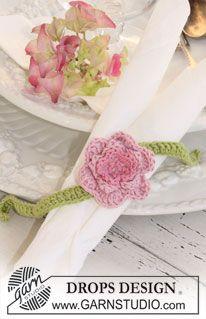 21 best images about rond de serviettes on pinterest place mats thread art and drops design. Black Bedroom Furniture Sets. Home Design Ideas