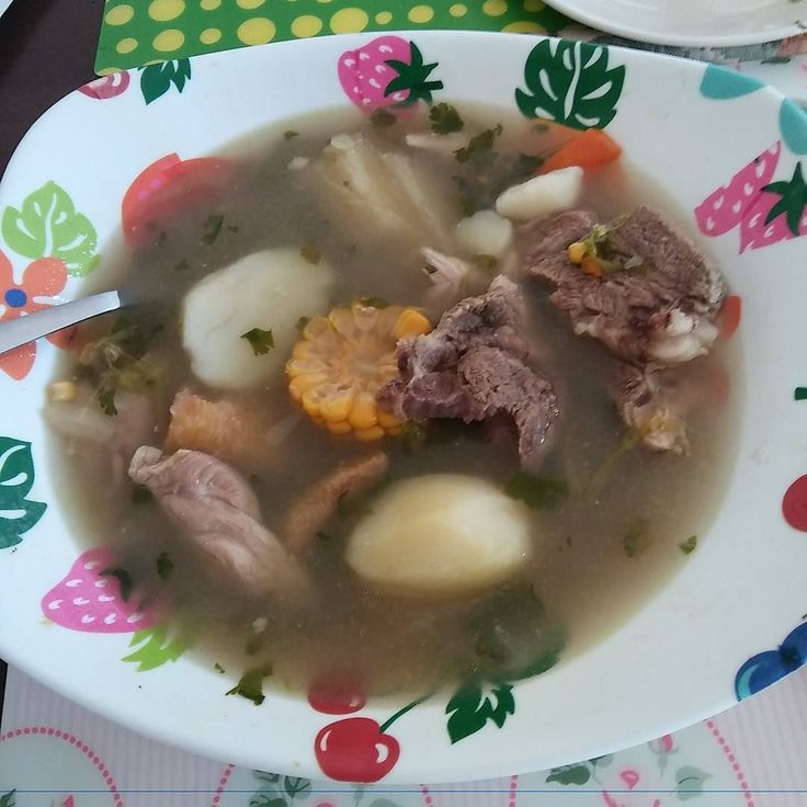 Rico sancochito para no perder la costumbre #colombia #comidatipicacolombiana #hechopormami #almuerzo #casero #tradicion #sinperderlacostumbre #sopa #fb #yumi #delicious #tbt