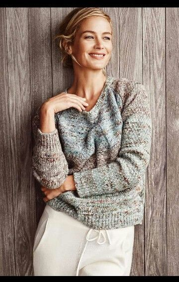 silhouette over, girocollo o dolcevita classico , i maglioni di stefanel per l autunno / inverno 2015-16 sono tanti, con forme e stili diversi #stefanelvigevano #stefanel
