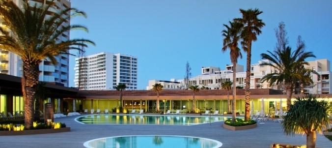 Tróia, pool of one Hotel