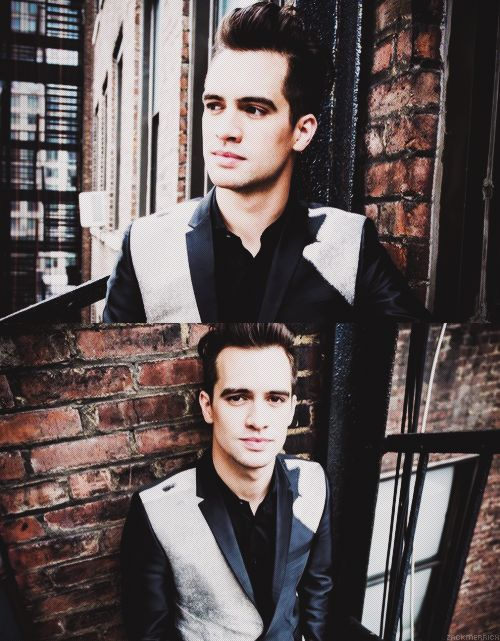 Brendon Urie... PANIC! At the disco.  His voice pure awesomeness :)
